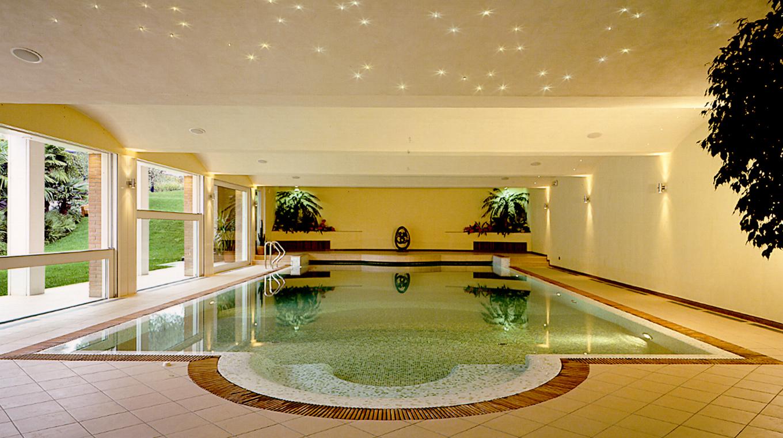 Giardino moderno design with giardino moderno design for Piani del cortile con piscine